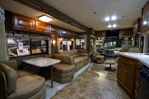 3 Bedroom RV Rental   Rent a 3 Bedroom Motorhome. 3 Bedroom RV Rental